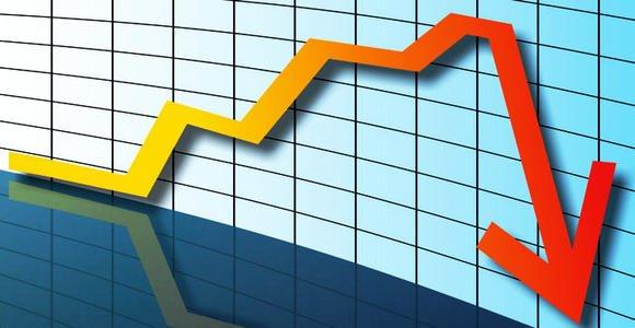 En France, un mois de confinement entraînerait une perte annuelle de produit intérieur brut de trois points environ.